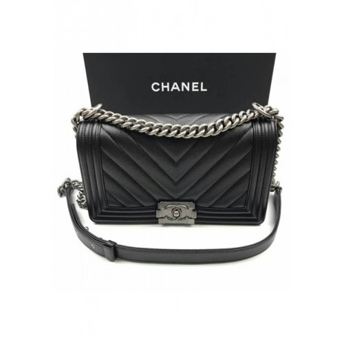 "กระเป๋า CHANEL BOY MEDIUM 10"" CHEVRON BLACK CAVIAR RHW"